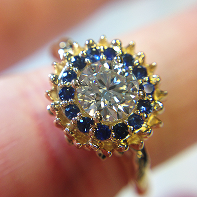 blue sapphire yellow gold halo engagement ring