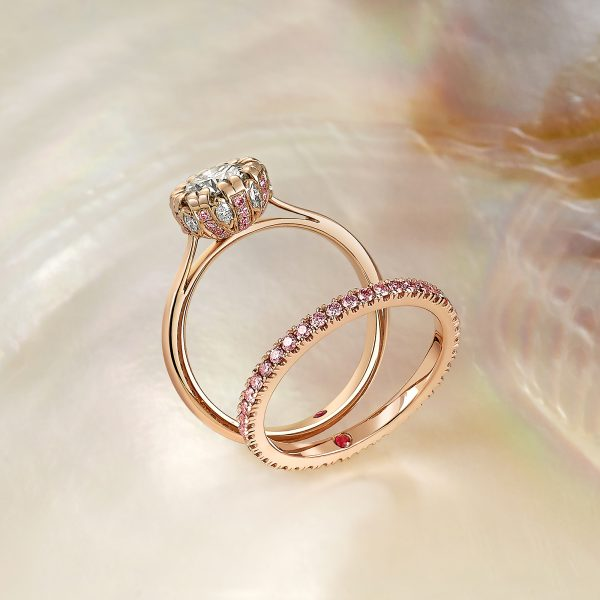 rose gold diamond ring with collet detail