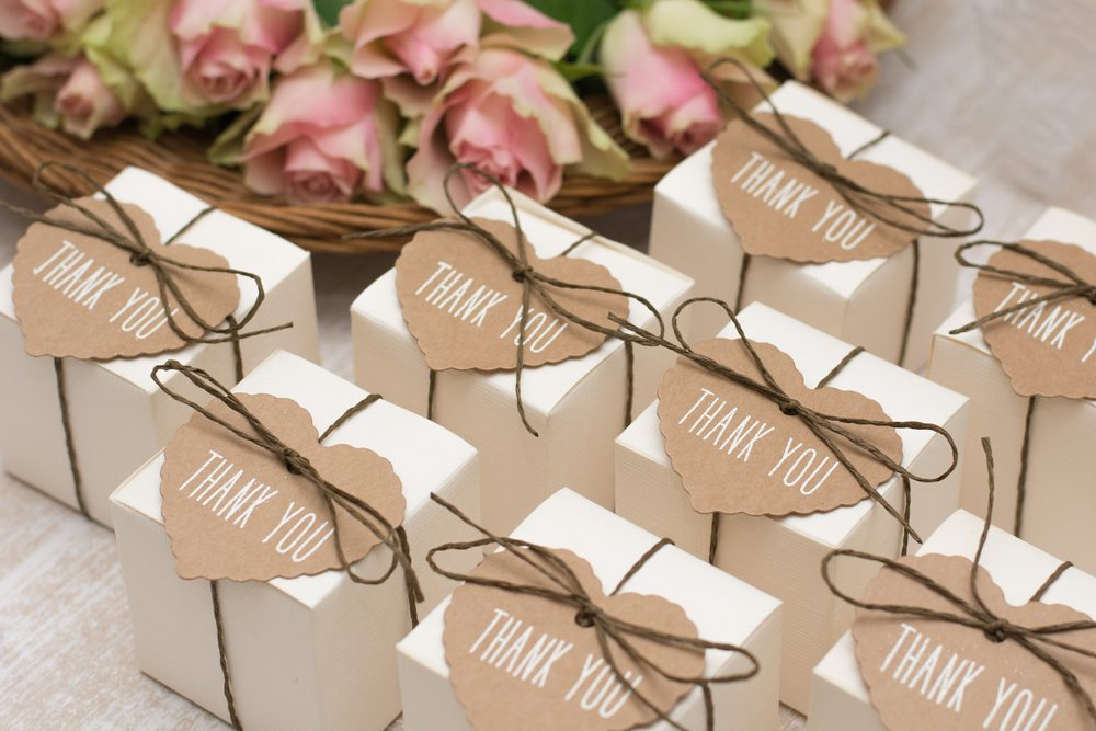 customised wedding favours