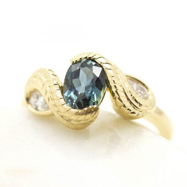 customer love story engagement ring design2