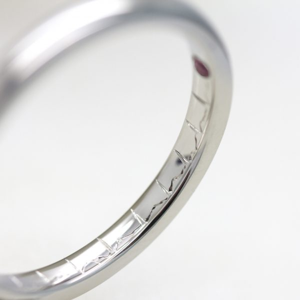 heartbeat engraving wedding ring