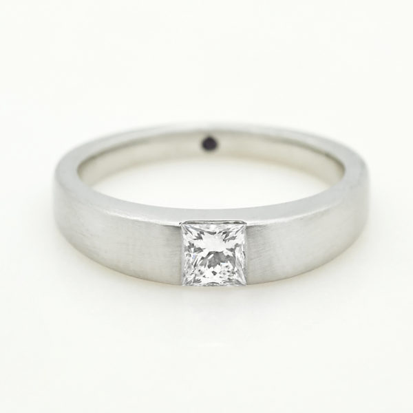 princess diamond brushed platinum unisex ring engagement wedding